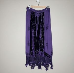 Dresses & Skirts - Boho Velvet Rayon Embroidered Purple Maxi Skirt M